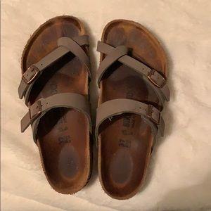 birkenstock mayari toe strap sandals!!